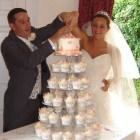 wedding cake & happy couple 120910 (2)
